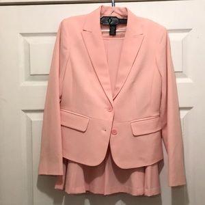 Women's apostrophe 2 piece suit blazer and skirt